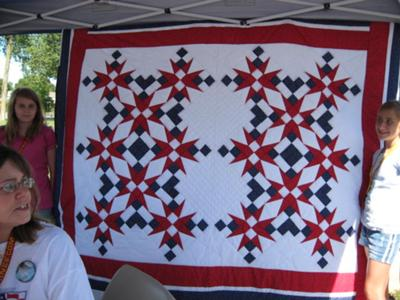 MomsforMarines Picnic Raffle Quilt