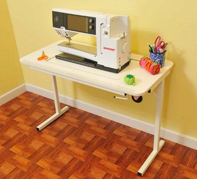 Arrow's Gidget II Sewing Table