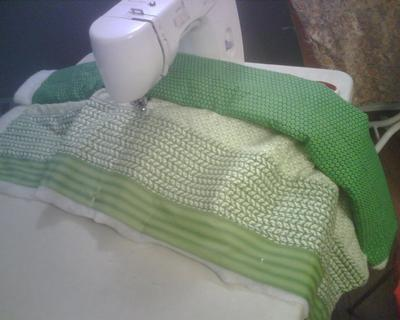 Quilting on my home sewing machine<br /><br />(Click on the thumbnail images below for a larger picture.)<br /><br />
