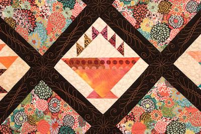 Close-up of the block and quilting<br />(Click each thumbnail below for a larger image)<br /><br />