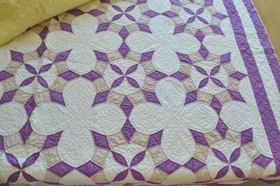 Nell's antique Magnolia Blossom quilt
