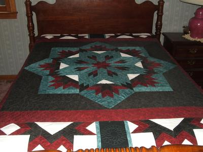 Long arm quilting on Never Say Never<br><br>Click on each thumbnail below for a larger image<br><br>