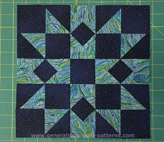 The finished Rocky Mountain Chain quilt block