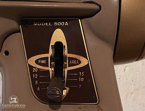 Singer Slant-o-matic sewing machine, circa 1960, stitch length control