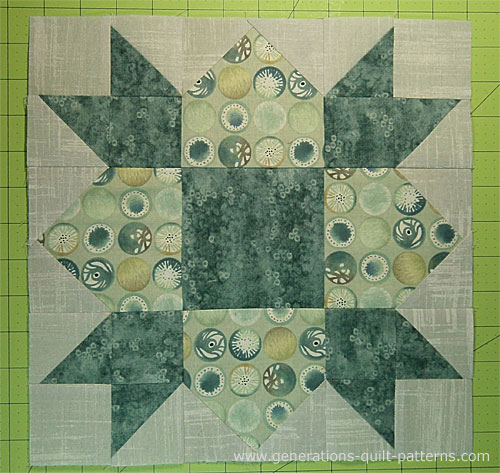 The finished Weathervane quilt block!