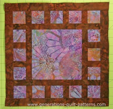 The finished Dewey quilt block