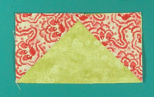 The finished flying geese quilt block