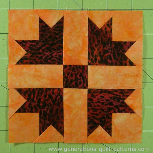 The finished Goose Tracks quilt block
