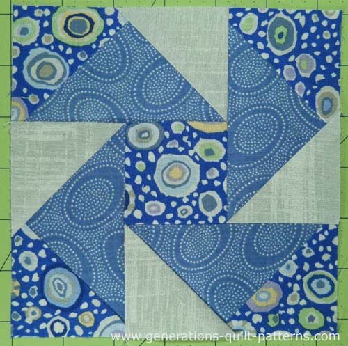 The finished Night Vision quilt block