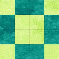 Uneven 9 patch quilt block that forms in the corners