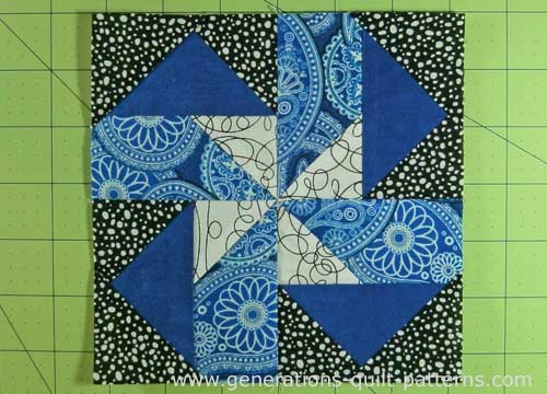 The finished Seesaw quilt block